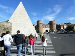Piramide Caio Cestio (7)